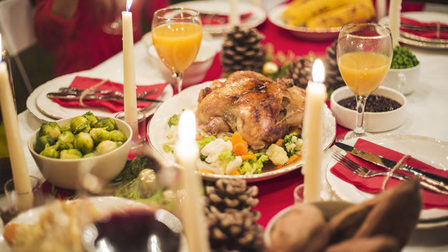 Beautifully-served-table-christmas-dinner_23-2147969454_thumb_main